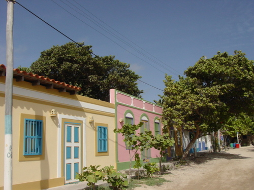 Los_roques_houses_ii