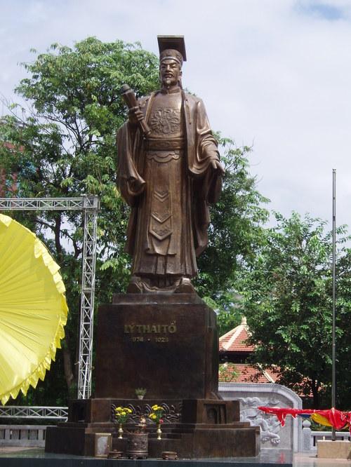 Hanoi_ly_thanto