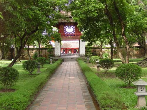 Hanoi_temple_of_literature_i