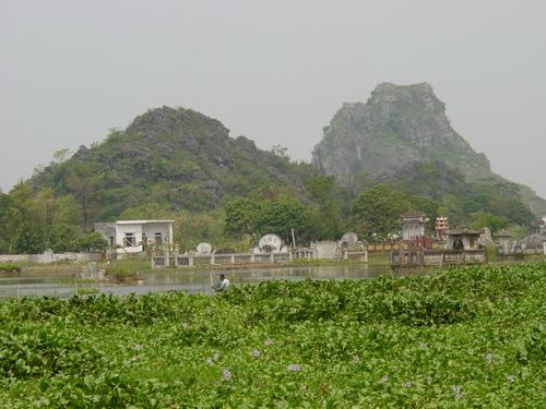 Nimh_binh_water_shrines